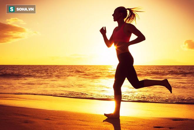 Chuyên gia khuyên: Hãy chạy đi! Chạy 1 tiếng có thể sống thêm 7 tiếng, tại sao không thử? - Ảnh 1.