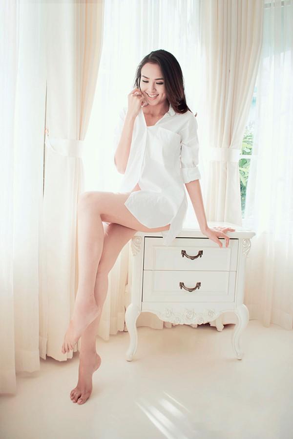 Không thua kém Trường Giang, Trấn Thành có dàn người tình đầy nóng bỏng - Ảnh 5.