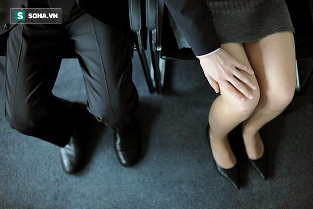 Tâm sự cay đắng của một nữ nhà báo phải xin nghỉ việc vì bị quấy rối tình dục - Ảnh 1.