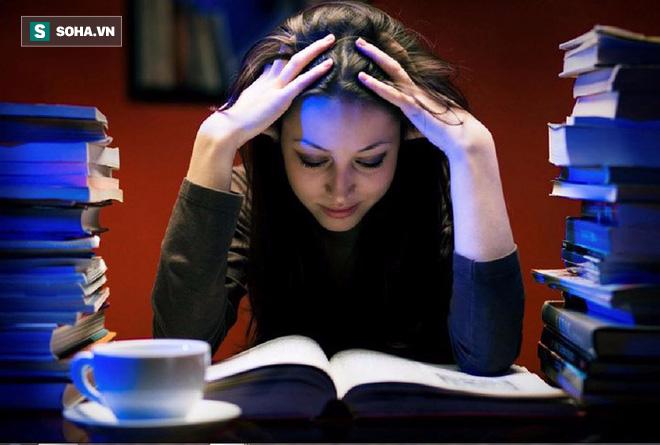 Không chỉ gây tử vong sớm hơn 10%, thức khuya có thể khiến bạn mắc thêm 4 loại bệnh này - Ảnh 1.