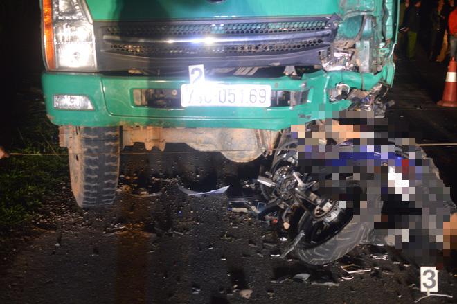 Cận cảnh hiện trường vụ tai nạn khiến 4 học sinh tử vong thương tâm - Ảnh 4.