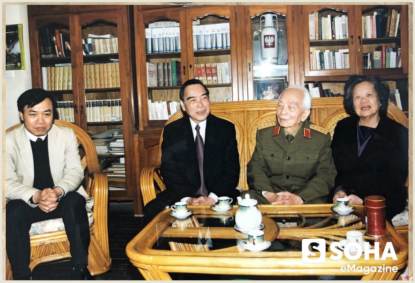 Chuyện bên lề lễ Quốc tang nguyên Thủ tướng Phan Văn Khải - Ảnh 3.