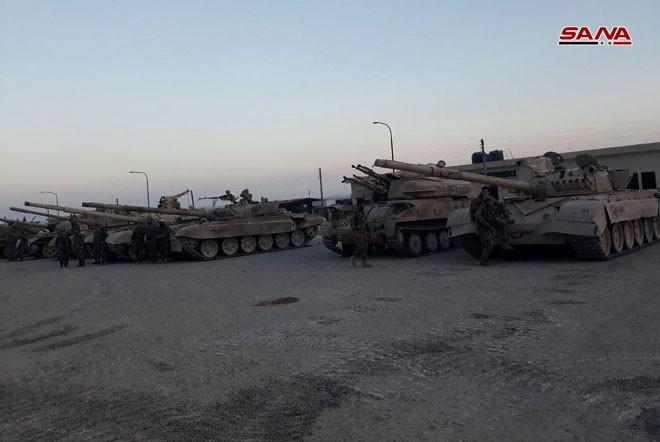 Cận cảnh số vũ khí QĐ Syria thu giữ của phiến quân ở Qalamun: Có tên lửa Mỹ, Trung Quốc - Ảnh 6.