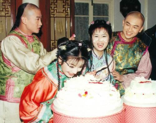 20 năm kể từ ngày Hoàn Châu Cách Cách phát sóng: Cùng vén lại bức màn hậu trường! - Ảnh 9.