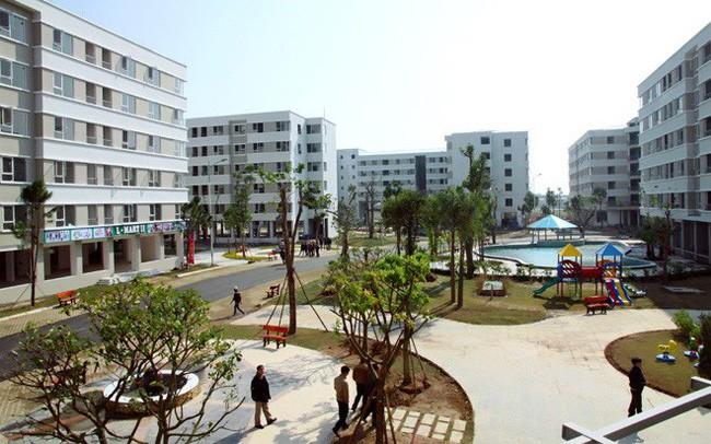 Chủ tịch Hà Nội lý giải việc chưa có căn hộ dưới 400 triệu cho người thu nhập thấp - Ảnh 1.