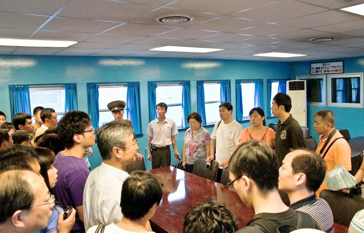 [PHOTO ESSAY] Thù địch và hy vọng ở DMZ liên Triều nhìn từ hai phía qua ống kính người Việt - Ảnh 15.