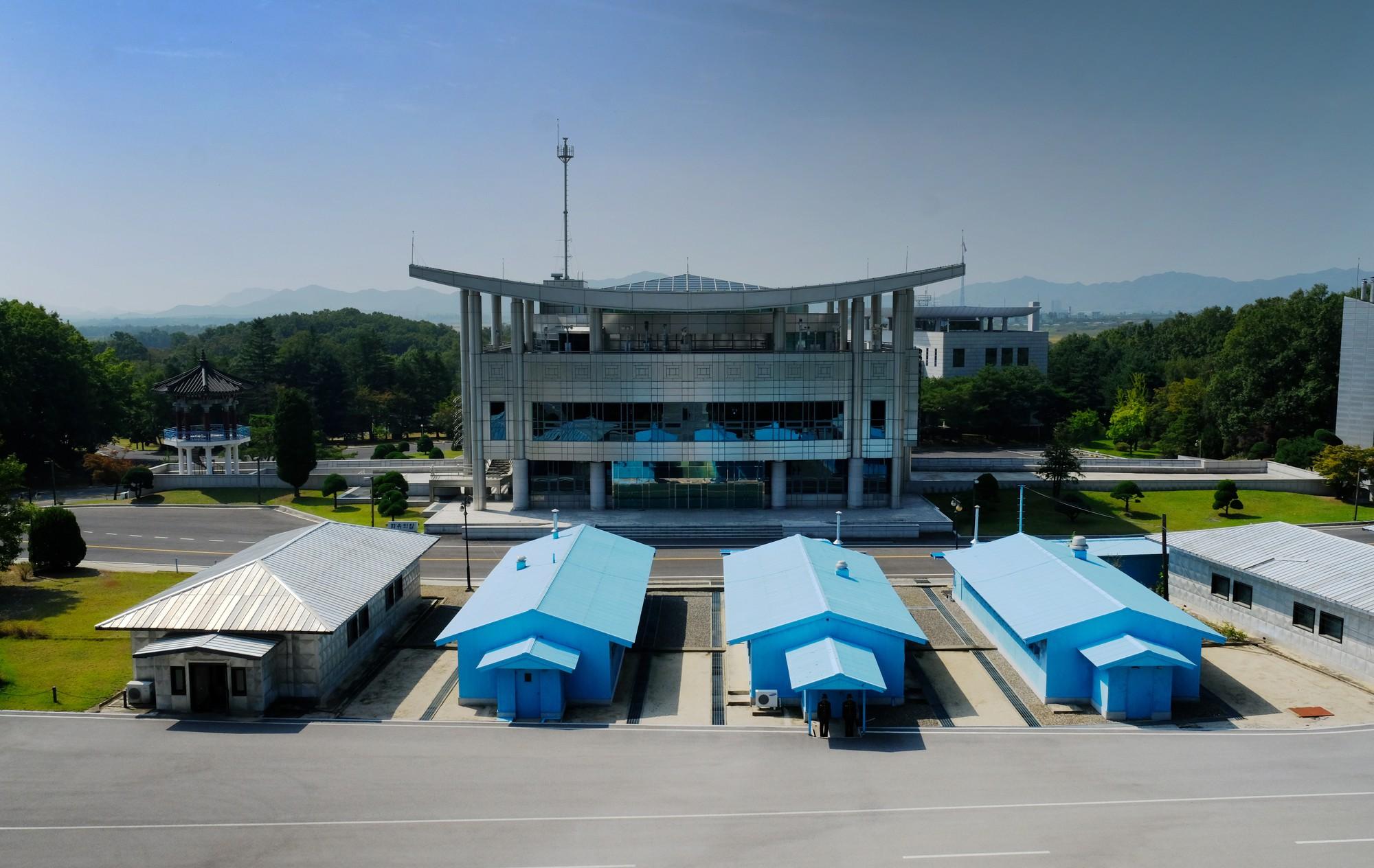 [PHOTO ESSAY] Thù địch và hy vọng ở DMZ liên Triều nhìn từ hai phía qua ống kính người Việt - Ảnh 14.
