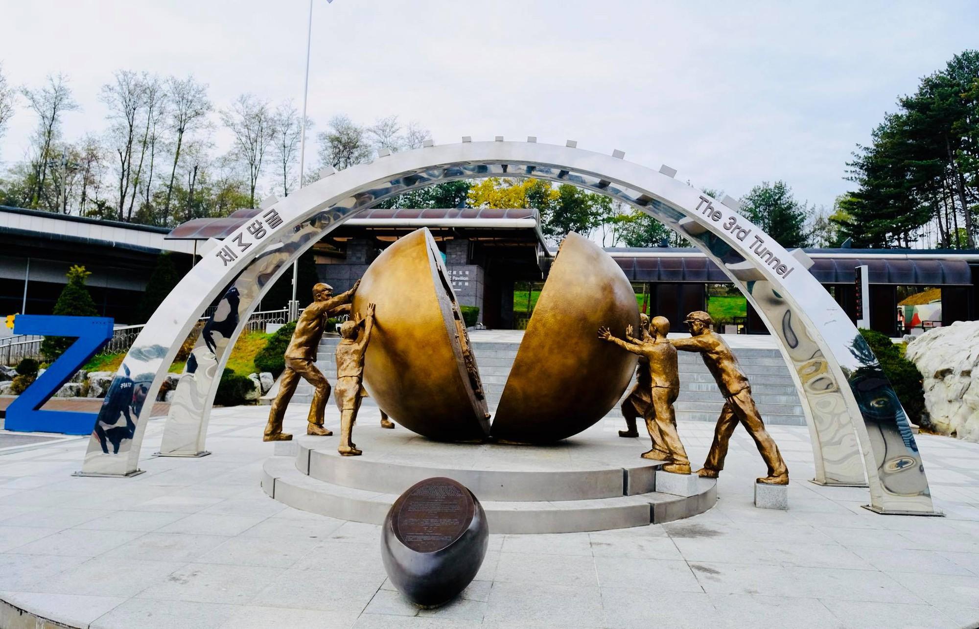 [PHOTO ESSAY] Thù địch và hy vọng ở DMZ liên Triều nhìn từ hai phía qua ống kính người Việt - Ảnh 22.
