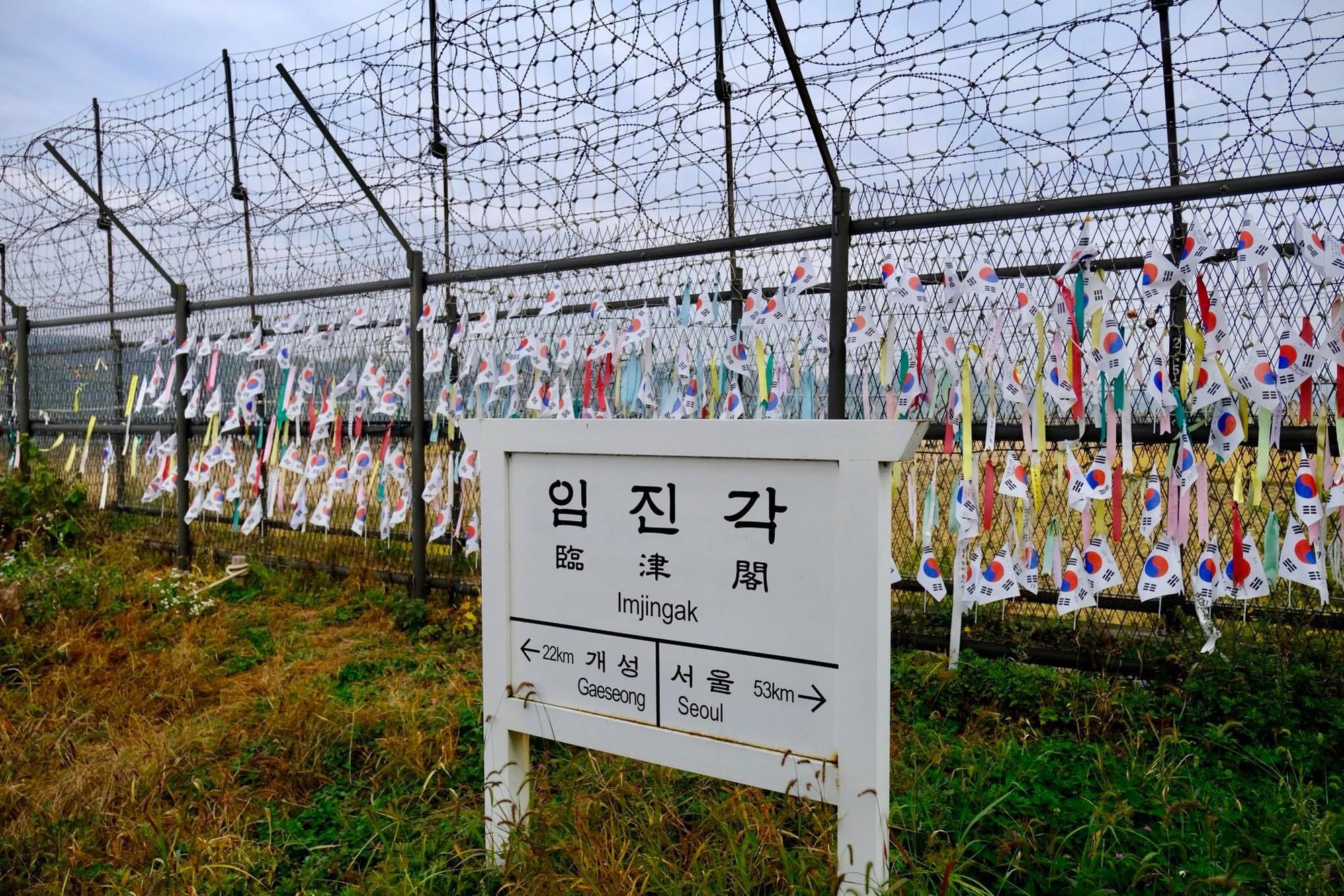 [PHOTO ESSAY] Thù địch và hy vọng ở DMZ liên Triều nhìn từ hai phía qua ống kính người Việt - Ảnh 19.