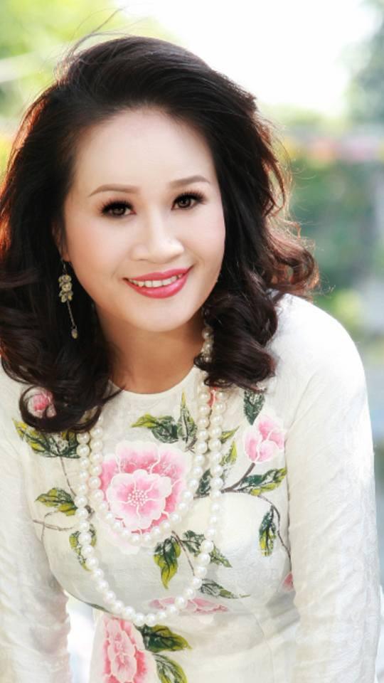 Gia nhập showbiz sau Thách thức danh hài, Lê Thị Dần thay đổi khó nhận ra - Ảnh 5.