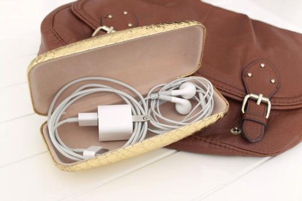Cách mang cả ngôi nhà đi du lịch chỉ với 7kg hành lý xách tay - Ảnh 6.
