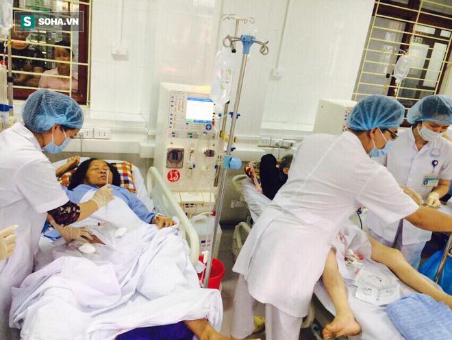 10 tháng sau sự cố chạy thận ở Hoà Bình: Chúng tôi hạnh phúc vì bệnh nhân vẫn tin tưởng - Ảnh 2.