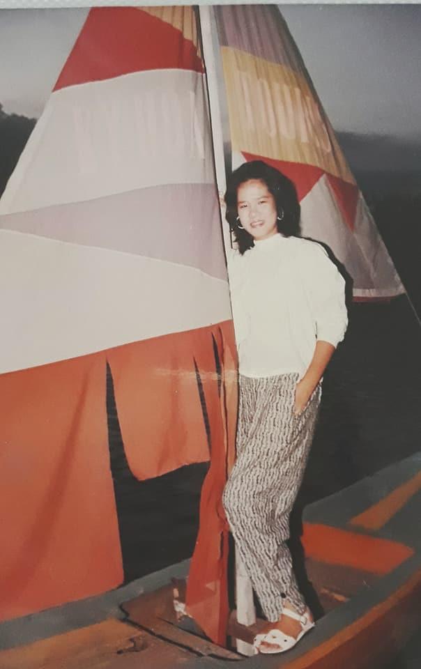 Phong cách thời trang của người phụ nữ Việt 20 năm trước khiến dân mạng trầm trồ - Ảnh 4.