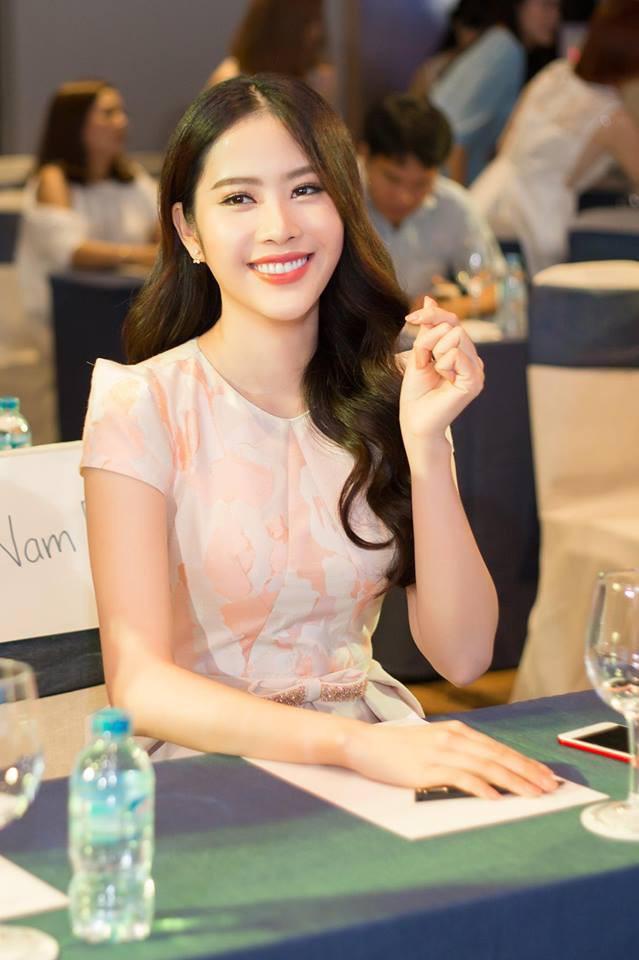3 người đẹp cùng tuổi Kỳ Duyên, Angela Phương Trinh và Nam Em: sau những nghi án thẩm mỹ liên tiếp, hiện giờ nhan sắc ra sao  - Ảnh 27.