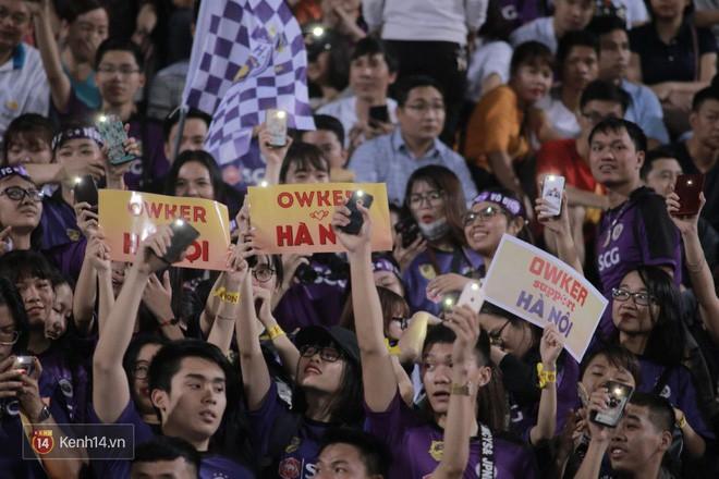Fandom quốc dân của U23 Việt Nam hừng hực khí thế cổ vũ cho đại chiến Hà Nội - HAGL - Ảnh 11.