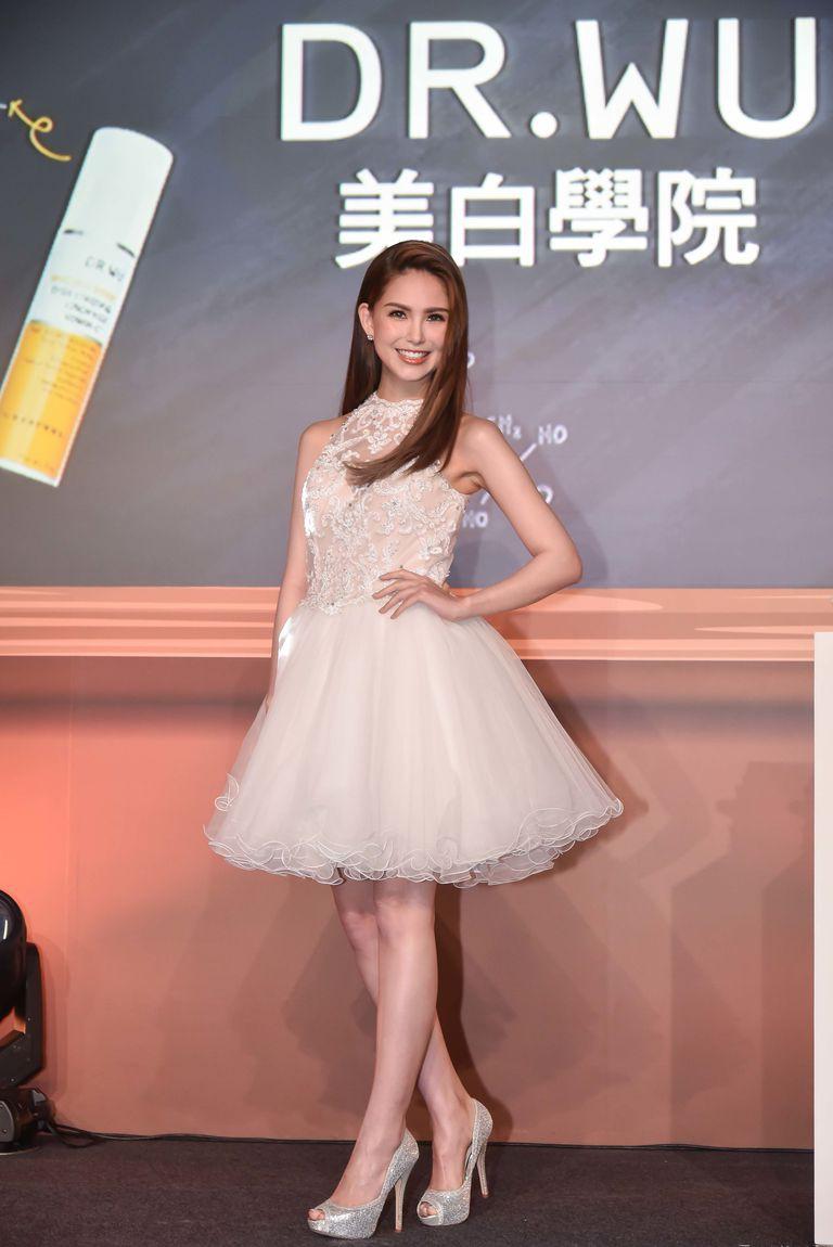 Ngắm nhan sắc bà xã Châu Kiệt Luân được nuông chiều nhất nhì Hoa ngữ