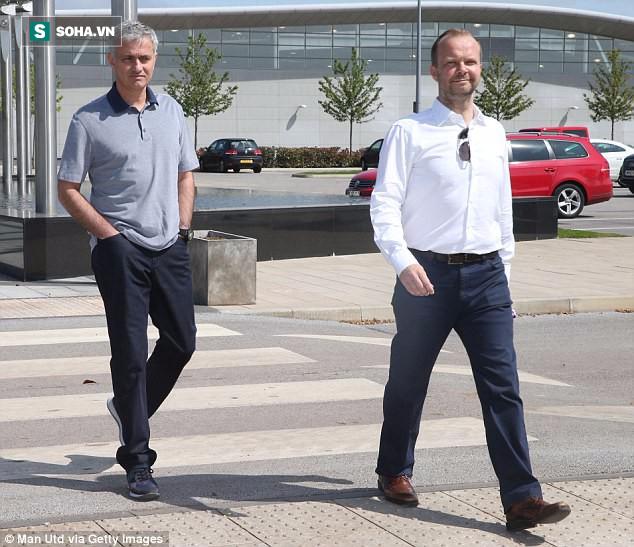 Tiền Man United không thiếu, nhưng chủ yếu là Mourinho phải biết điều - Ảnh 1.