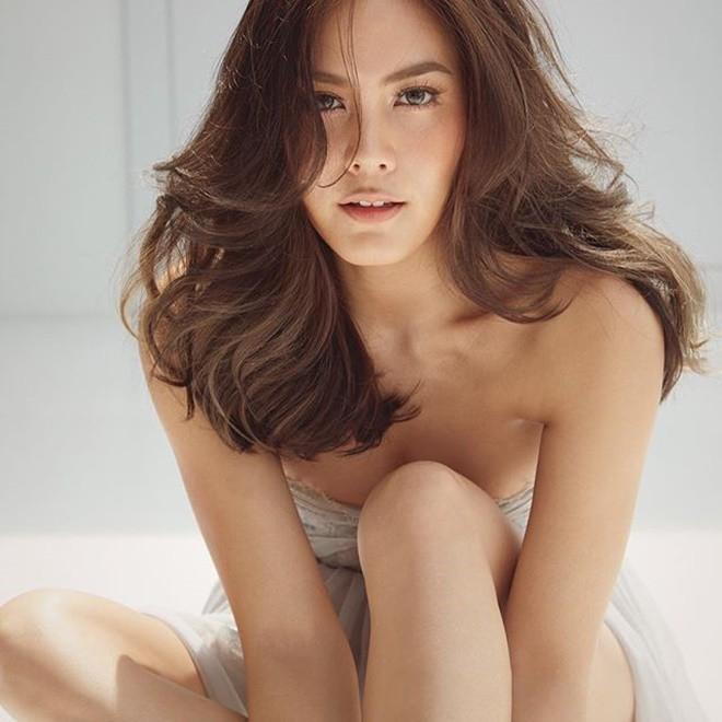 Mỹ nhân Thái Lan: Nức tiếng nóng bỏng, giàu có nhưng chuyên giật người tình của bạn thân - Ảnh 13.