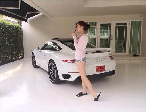 Mỹ nhân Thái Lan: Nức tiếng nóng bỏng, giàu có nhưng chuyên giật người tình của bạn thân - Ảnh 11.