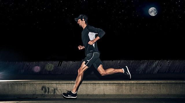 Thời gian tốt nhất để tập thể dục không phải lúc sáng sớm, cơ bắp sẽ khỏe hơn 30% nếu bạn rèn luyện vào buổi tối - Ảnh 2.