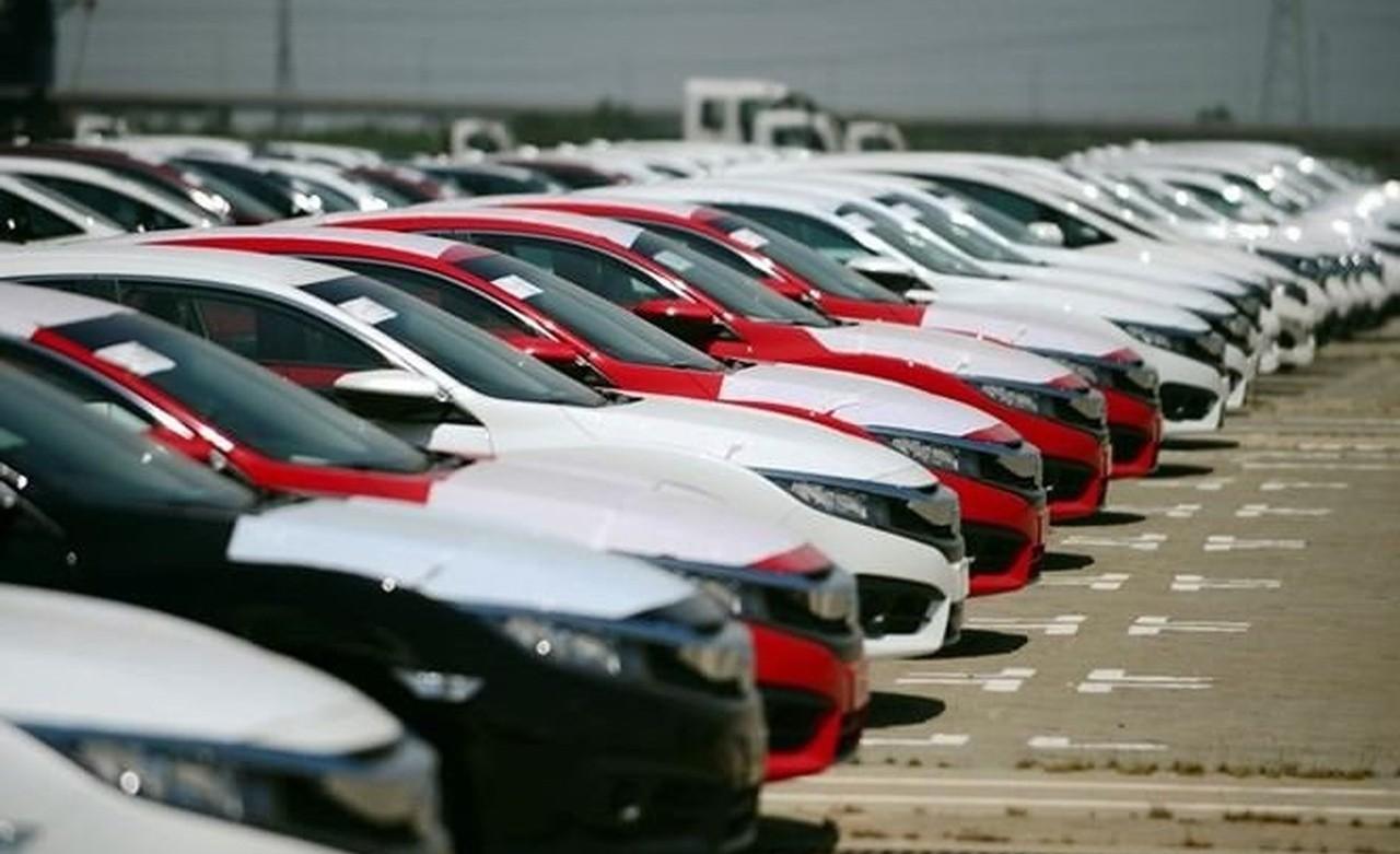 Индонезия попросила Вьетнам облегчить экспорт национальных автомобилей