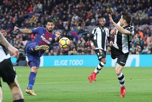 Levante - Barca: Kỳ tích đã ở rất gần - Ảnh 2.