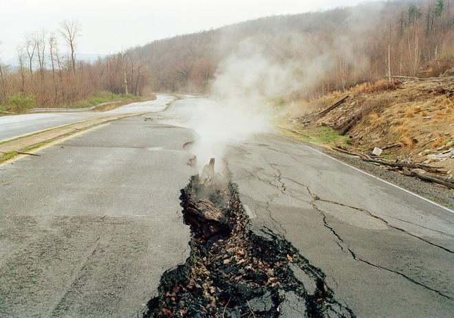 Ngọn lửa bất tử 6.000 năm âm ỉ cháy không tắt: Khoa học cảnh báo hiểm họa khôn lường - Ảnh 5.