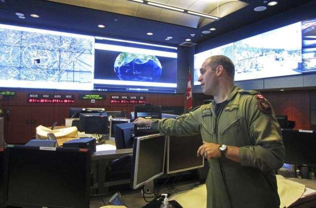 Cận cảnh căn cứ kiên cố tối mật quân đội Mỹ xây sâu trong lòng núi - ảnh 3