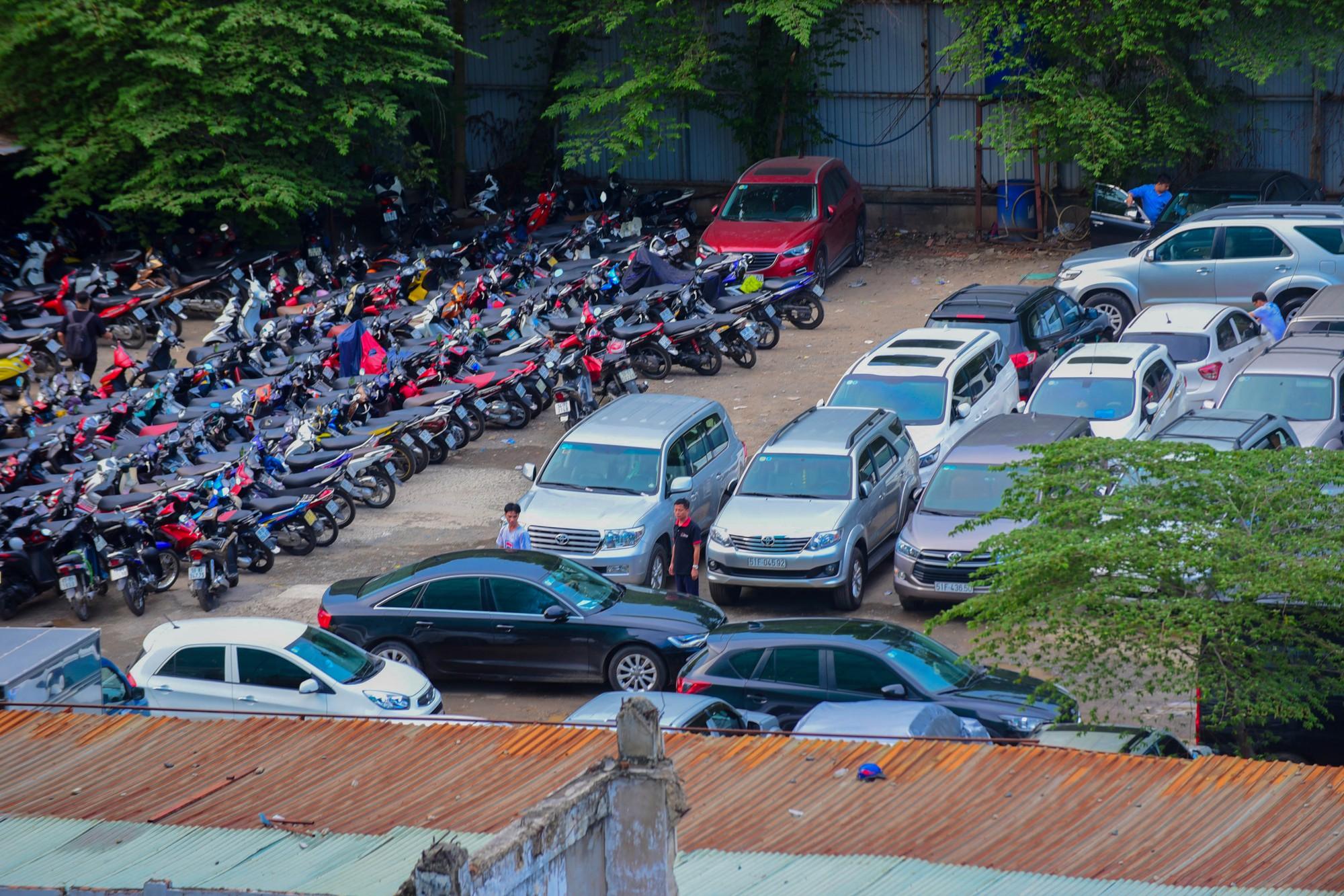 Cận cảnh khu đất vàng 5.000 m2 giữa Sài Gòn được cho thuê giá rẻ mạt  - Ảnh 6.