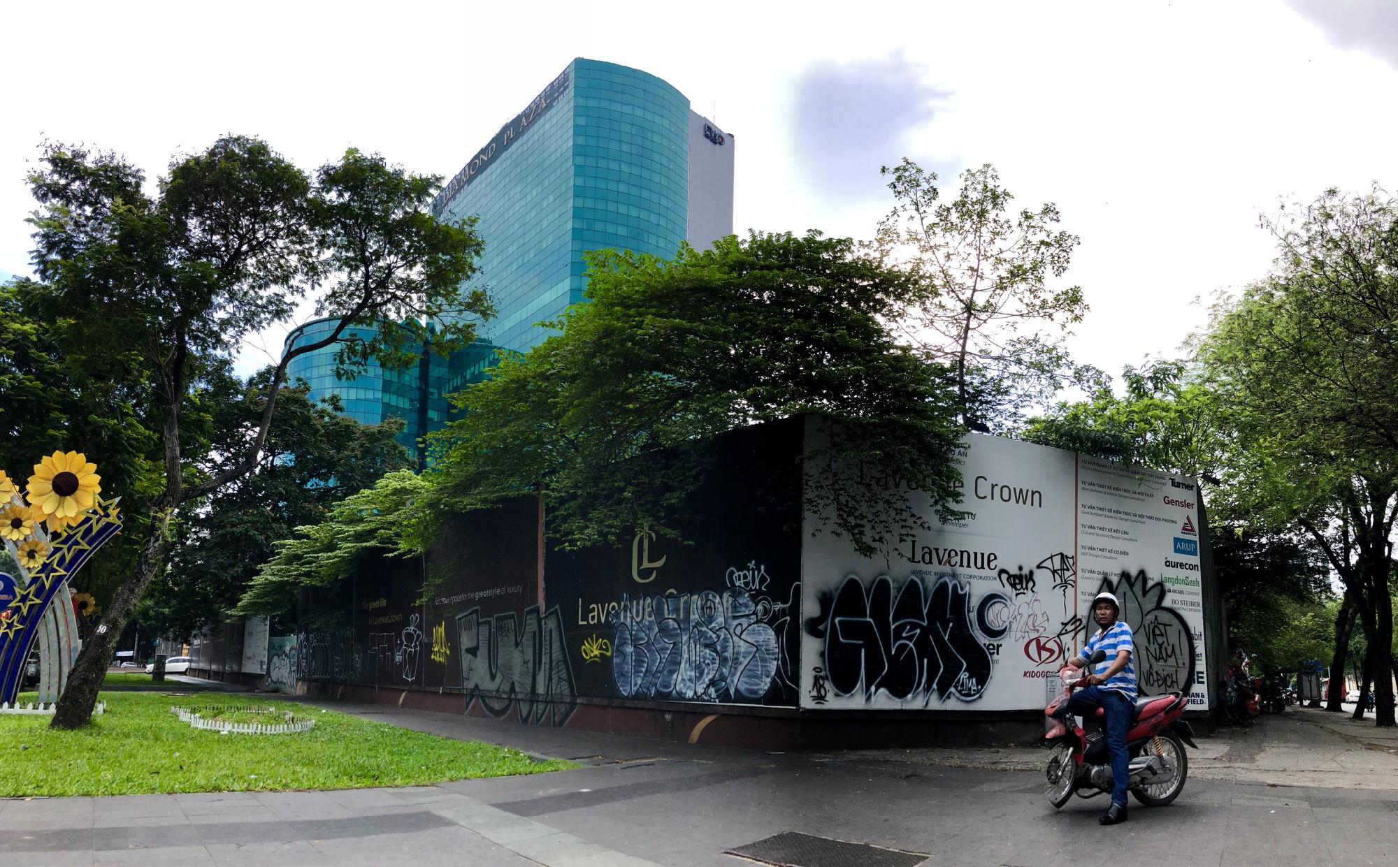 Cận cảnh khu đất vàng 5.000 m2 giữa Sài Gòn được cho thuê giá rẻ mạt  - Ảnh 1.