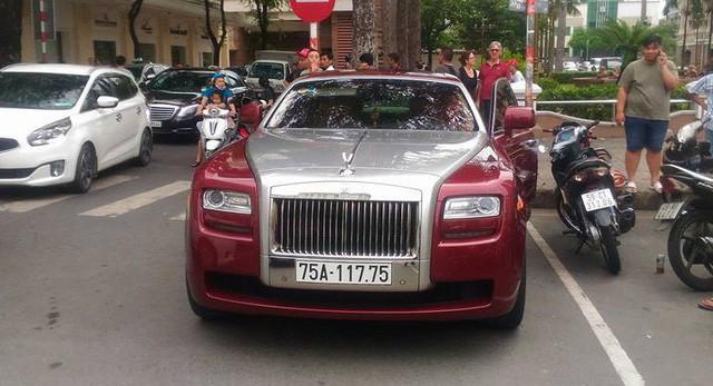 Đại gia Huế tậu Rolls-Royce Ghost Series I từng đeo biển ngũ quý 1, giá hơn 11 tỷ đồng  - Ảnh 1.