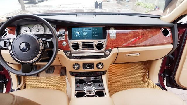 Đại gia Huế tậu Rolls-Royce Ghost Series I từng đeo biển ngũ quý 1, giá hơn 11 tỷ đồng  - Ảnh 7.