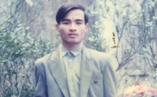 Truy nã đặc biệt kẻ thủ ác dùng dao tự chế sát hại dã man hai bố con ở Hưng Yên - Ảnh 1.