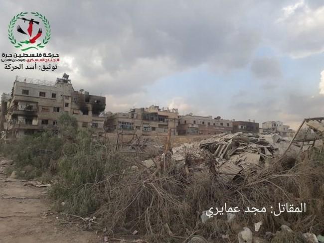 Quân tinh nhuệ Syria nghiền nát IS, đoạt thêm cứ địa khủng bố tại Yarmouk - Ảnh 3.