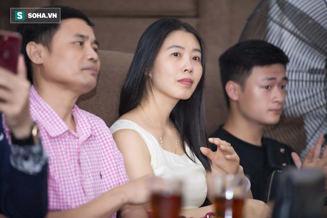 Mẹ ruột Linh Miu xuất hiện, gây chú ý hơn cả con gái - Ảnh 9.
