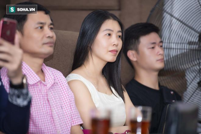 Mẹ ruột Linh Miu xuất hiện, gây chú ý hơn cả con gái - Ảnh 10.