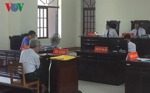 Thẩm phán xử Nguyễn Khắc Thủy dâm ô trẻ em: Không ngờ dư luận phản ứng kinh khủng vậy - Ảnh 2.