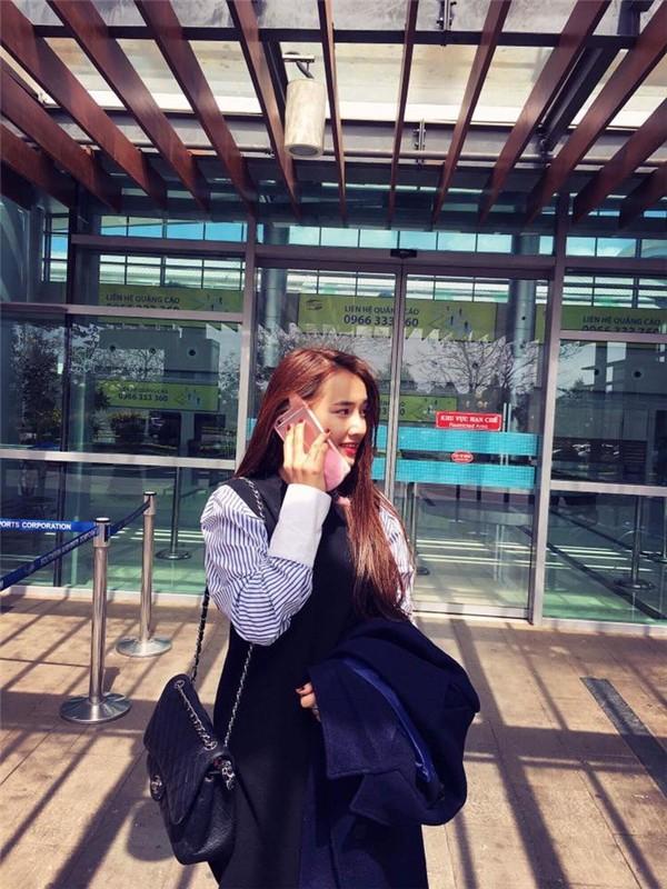 Chỉ sắm phiên bản bình dân của Hermes, Nhã Phương đúng là sao nữ ít mê đồ hiệu nhất showbiz Việt - Ảnh 7.