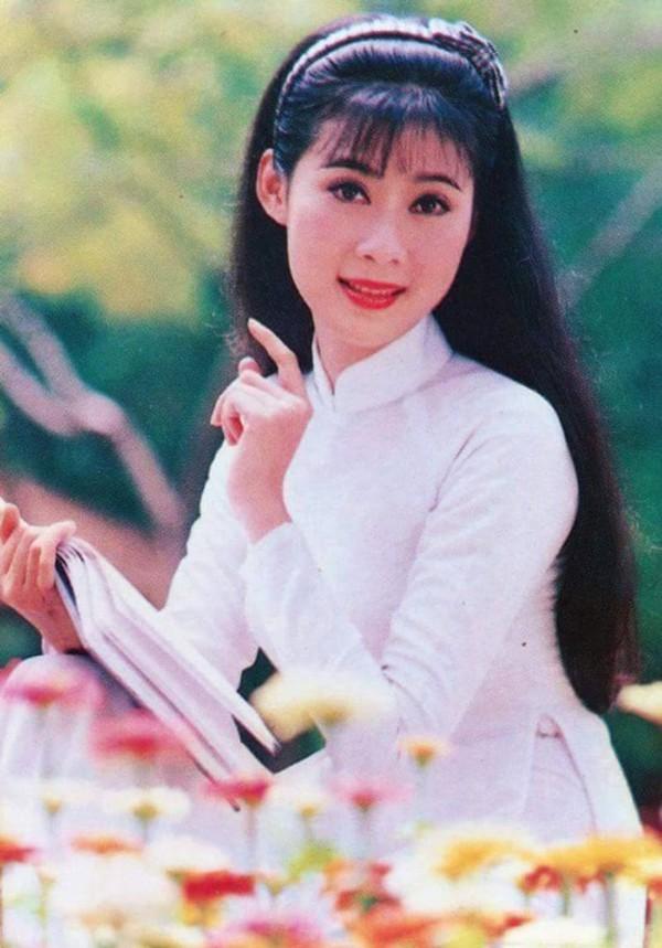 Diễm Hương - sự nghiệp hái ra tiền, mất tích bí ẩn và cuộc hôn nhân với chồng Việt kiều hơn 18 tuổi - Ảnh 1.