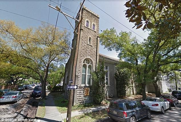 Không phải biệt thự hay siêu xe, Beyonce vừa mua trọn một nhà thờ cổ gây tranh luận - Ảnh 3.