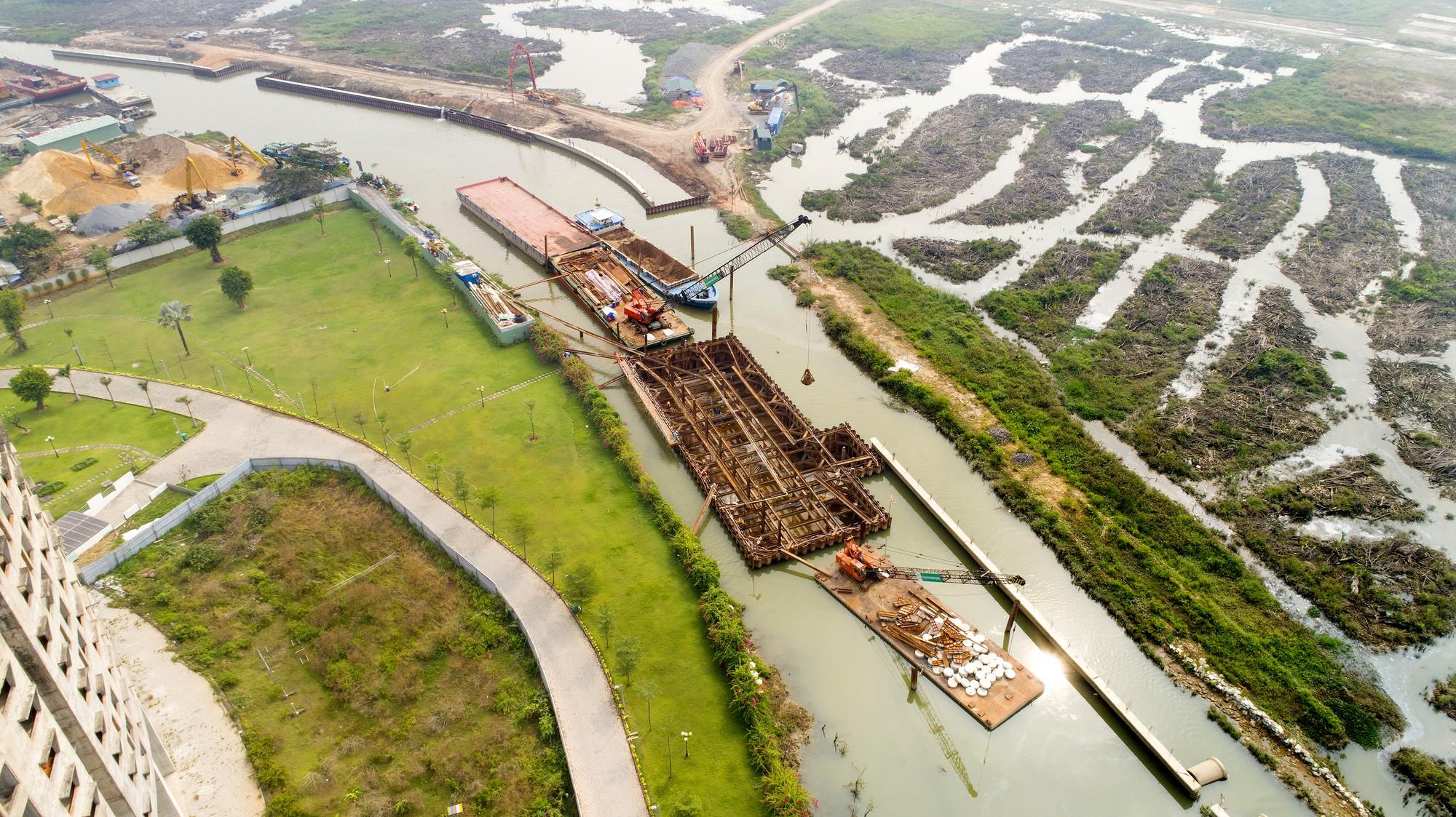 Cận cảnh dự án chống ngập 10.000 tỷ đồng ở Sài Gòn dừng thi công - Ảnh 10.