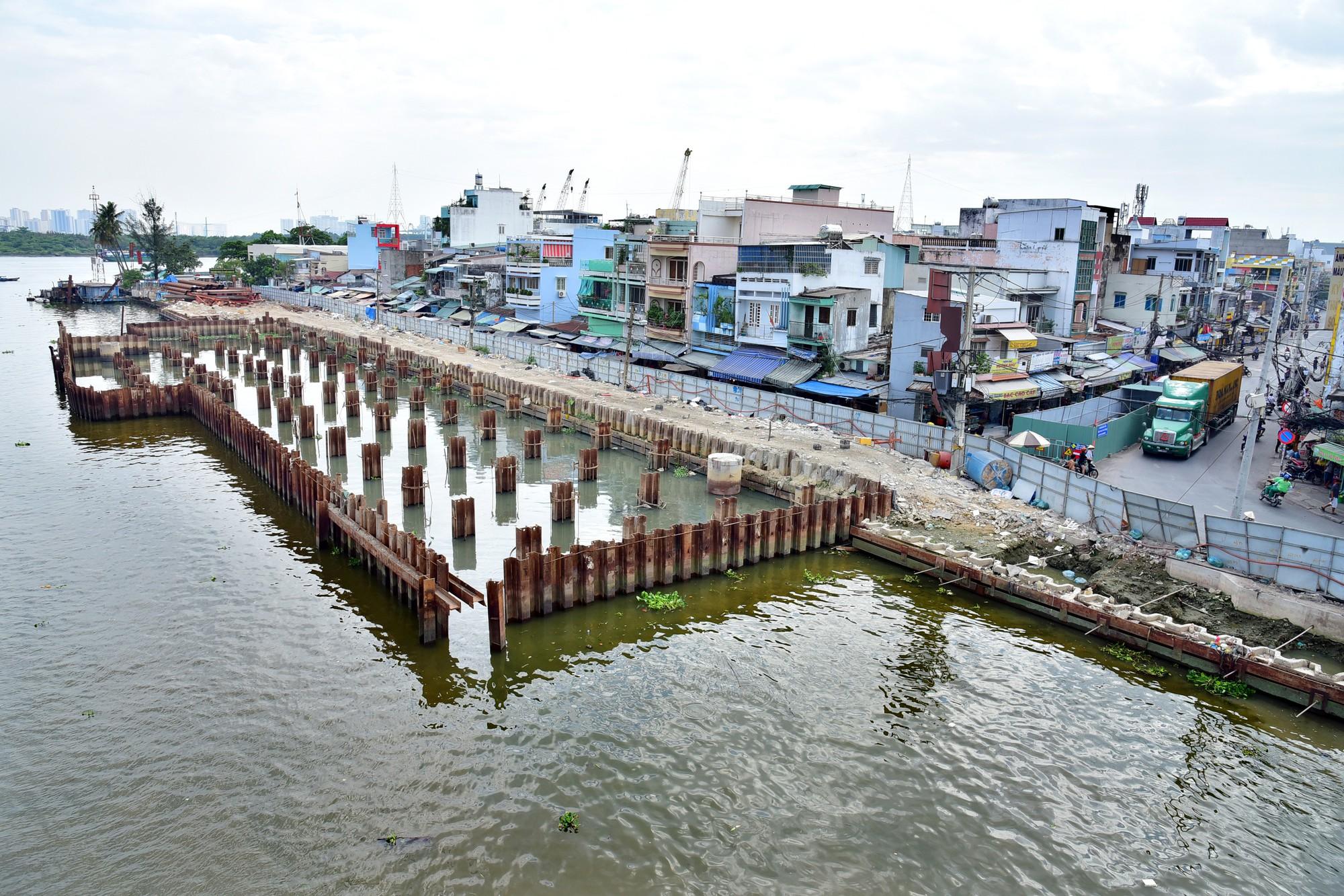 Cận cảnh dự án chống ngập 10.000 tỷ đồng ở Sài Gòn dừng thi công - Ảnh 6.