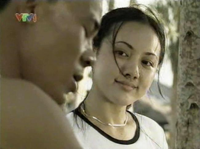 Chỉ 1 nụ hôn trộm mà Quyền Linh khiến BTV Hoài Anh nhớ mãi suốt 14 năm trời  - Ảnh 2.