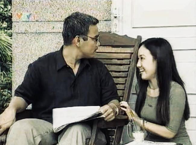 Chỉ 1 nụ hôn trộm mà Quyền Linh khiến BTV Hoài Anh nhớ mãi suốt 14 năm trời  - Ảnh 3.