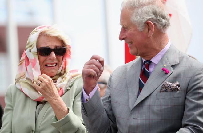 Công nương Diana có mọi thứ trừ điều này và đó là lý do trái tim Thái tử Charles không hướng về bà - Ảnh 4.