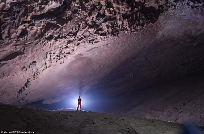 Phát hiện hang động khủng ở Trung Quốc - đủ chứa được 4 kim tự tháp Giza - Ảnh 6.