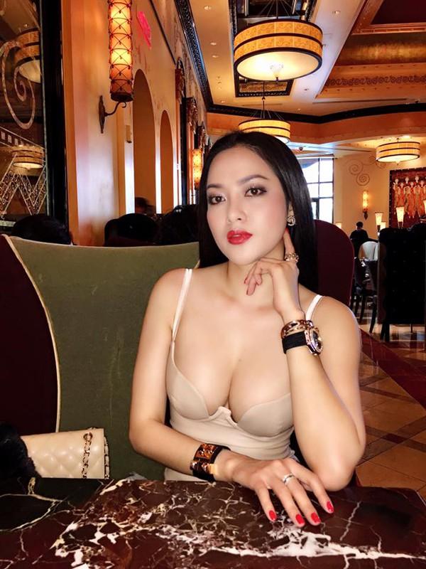 Chân dung bà xã gợi cảm yêu gần 5 tháng, mang bầu 4 tháng của ca sĩ Lâm Vũ - Ảnh 9.