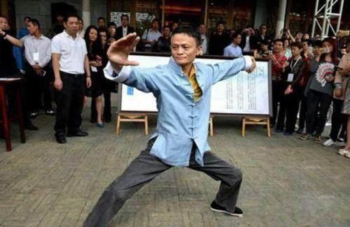 Tỷ phú Jack Ma phát biểu sốc: Diễn viên Trung Quốc chỉ diễn nông dân là giống nhất - Ảnh 3.