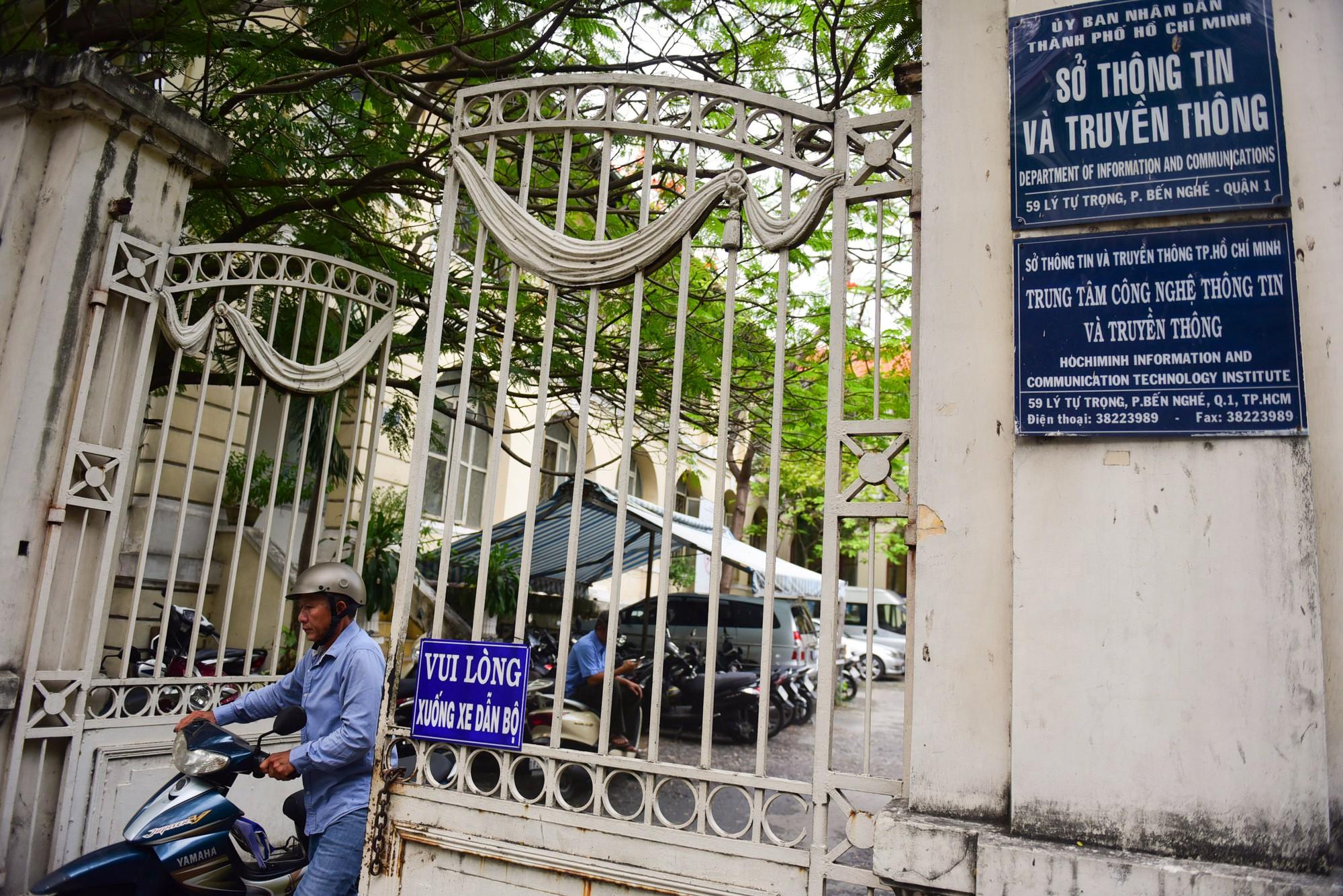 Cận cảnh dinh Thượng Thơ 120 năm tuổi ở Sài Gòn có nguy cơ bị đập bỏ - Ảnh 15.