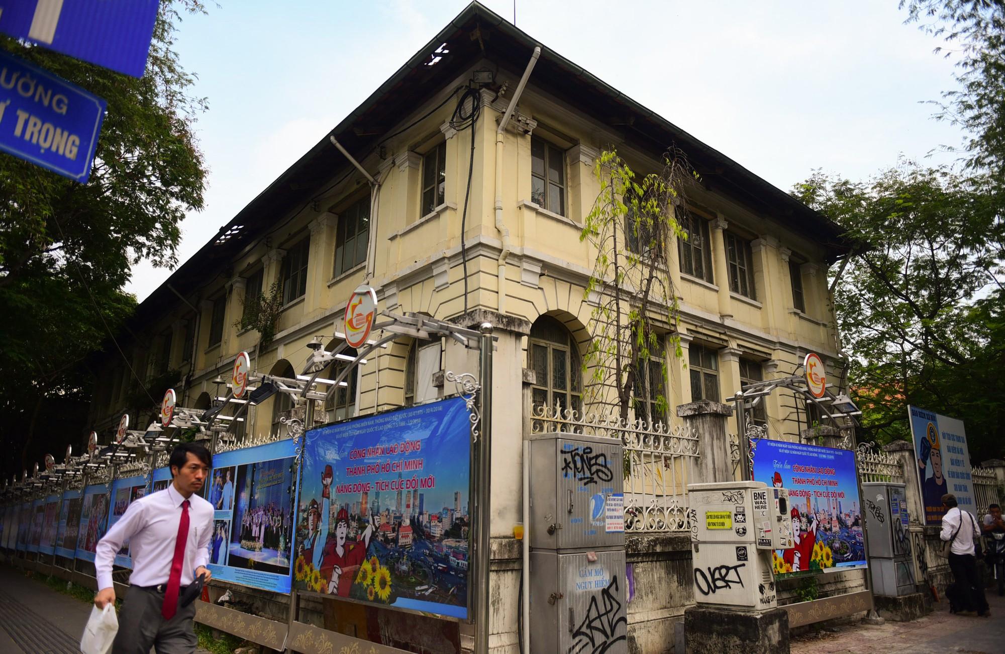 Cận cảnh dinh Thượng Thơ 120 năm tuổi ở Sài Gòn có nguy cơ bị đập bỏ - Ảnh 16.